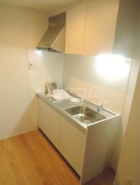 シャレイ学芸大学 102号室のキッチン