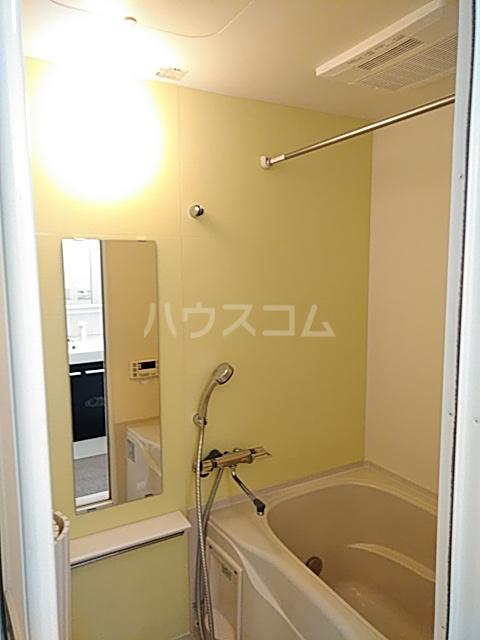 Residence Nakameguro 102号室の風呂