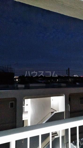 中銀世田谷マンション1号館 403号室の景色