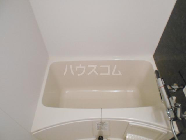 PRESI東が丘 103号室の風呂