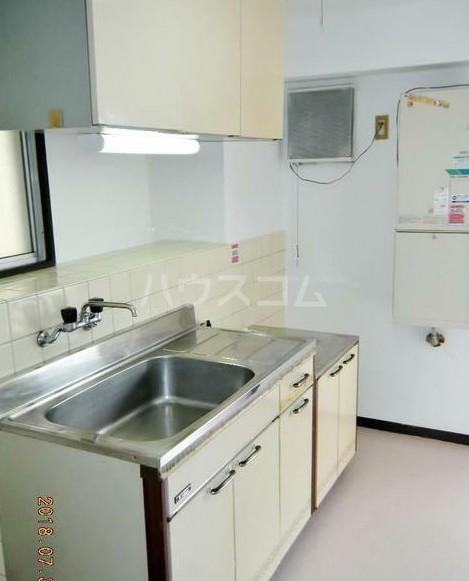 田中ビル 203号室のキッチン