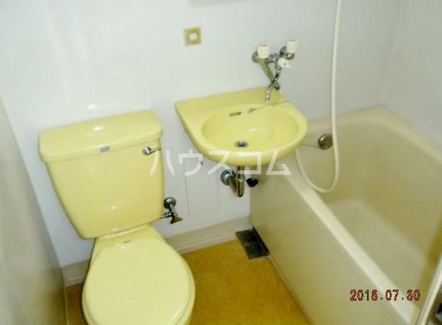 田中ビル 203号室の洗面所