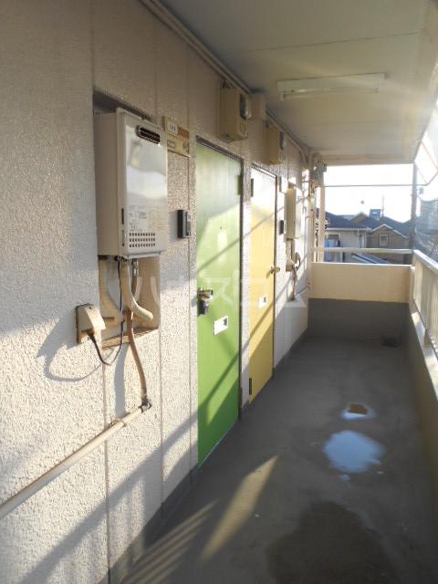 アートピア駒沢 204号室のロビー