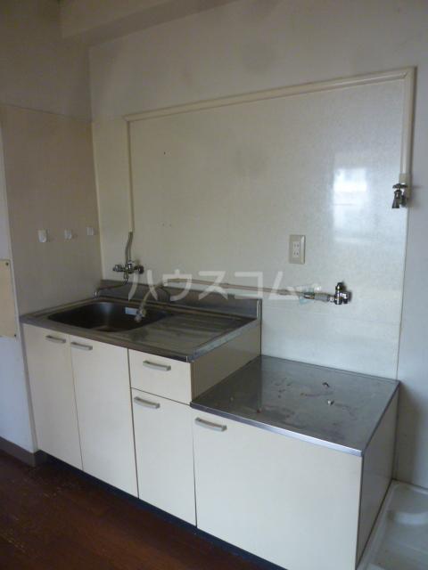 セントラルビル 302号室のキッチン