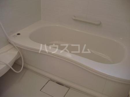 ベルウッドⅡ田園調布 201号室の風呂
