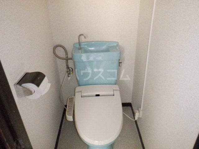 岡本マンション 303号室のトイレ