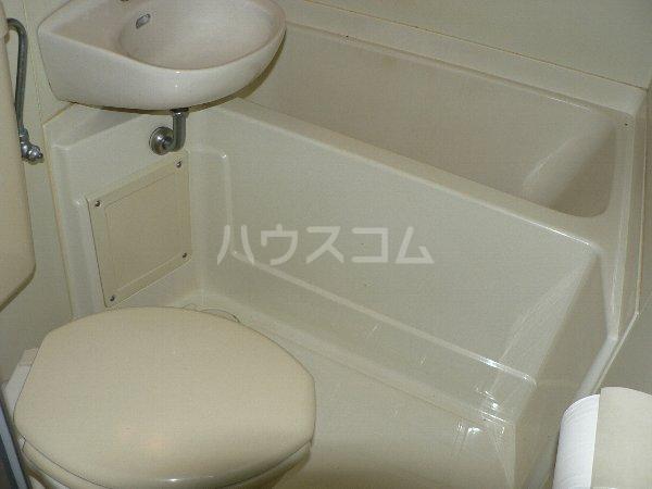 コーポラス貴船 106号室の風呂