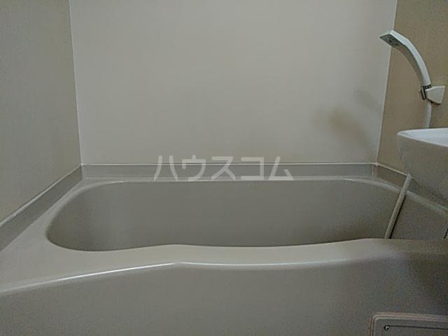 ハイツ極楽Ⅲ 104号室の風呂