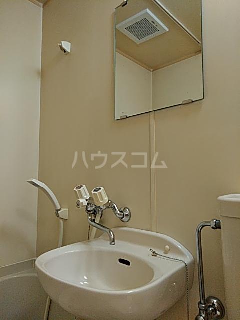 ハイツ極楽Ⅲ 104号室の洗面所