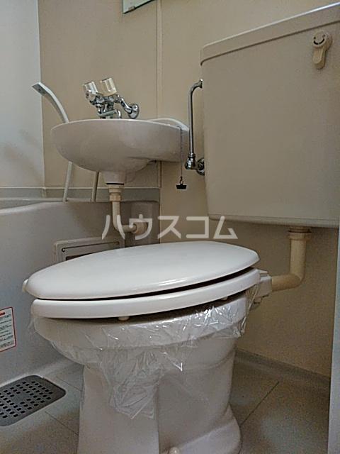 ハイツ極楽Ⅲ 104号室のトイレ