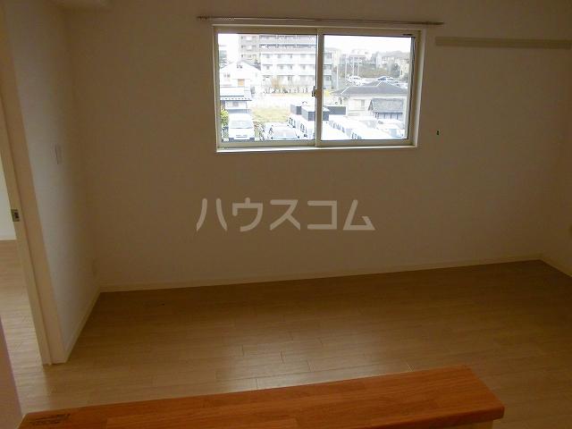 チェルシーB 101号室の居室