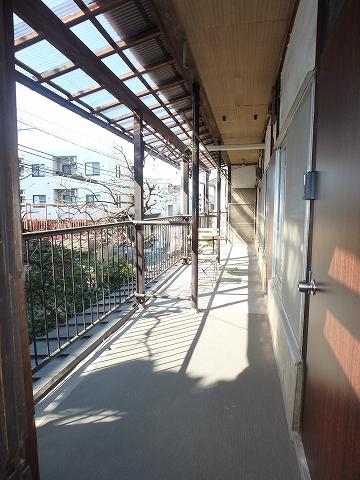 リモーネ町田 201号室のエントランス