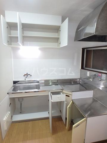リモーネ町田 201号室のキッチン