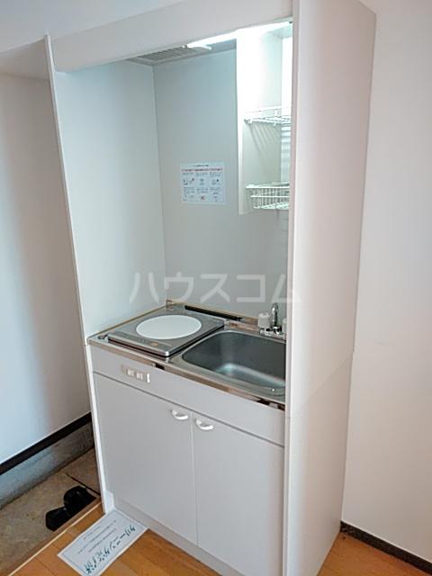 パレス日吉 103号室のキッチン