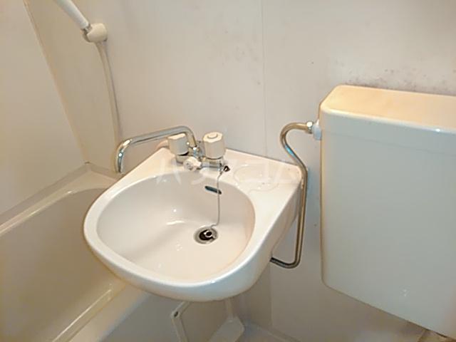 パレス日吉 103号室の洗面所