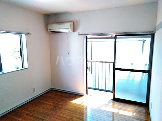 アビタⅡ 205号室の居室