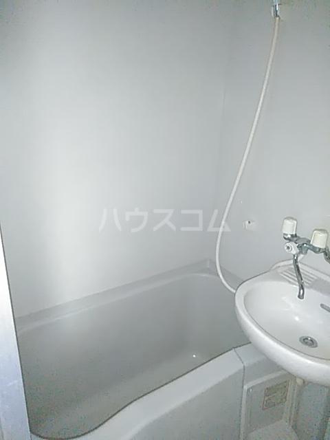 フェリシモK 1-A号室の風呂