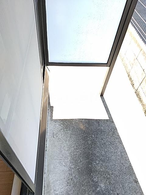 フェリシモK 1-A号室のバルコニー