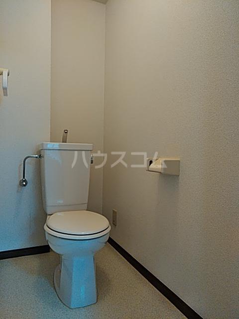 サンフォレスト 202号室のトイレ
