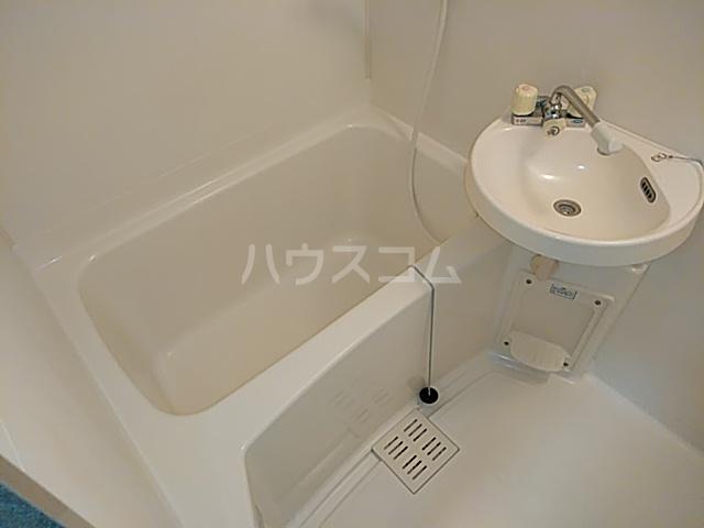 ハイツアミーゴ 109号室の風呂