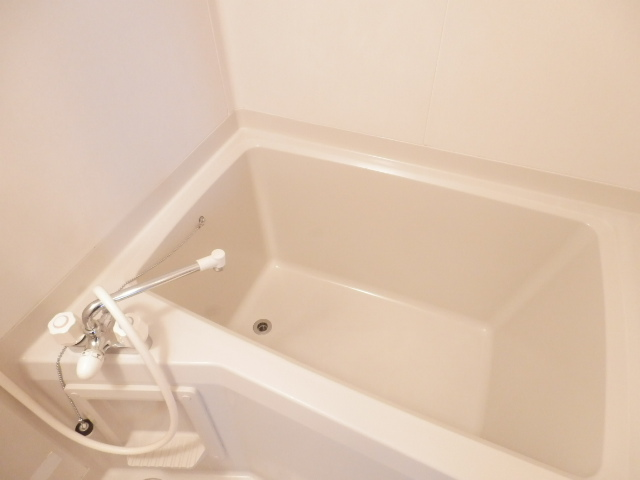 ディアハウス 102号室の風呂