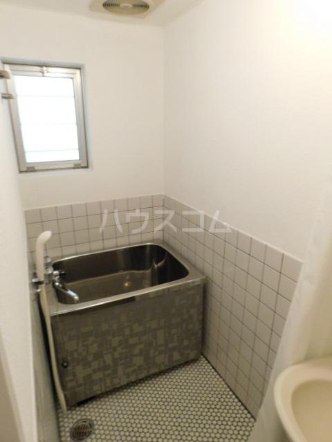 NOOK ヌック 1-B号室の風呂