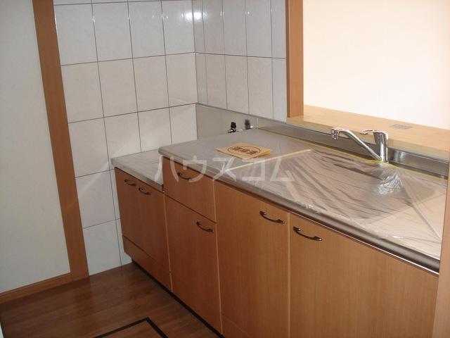 キャナルコート 201号室のキッチン