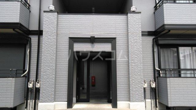 プリマベーラB 101号室のエントランス