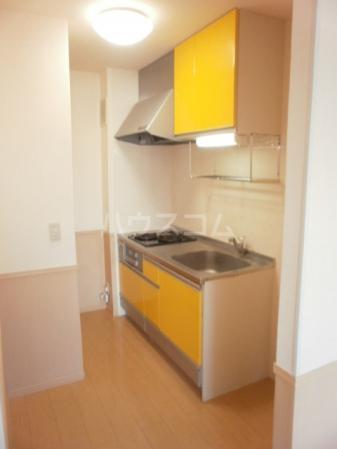 エスポワール 壱番館 105号室のキッチン