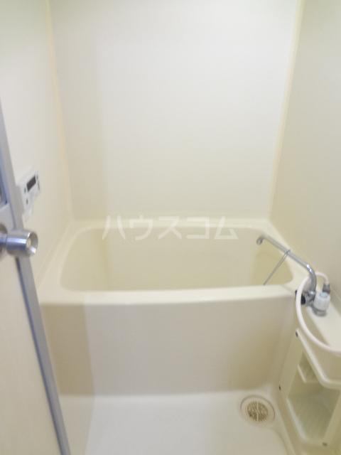 ガーデンハイツ愛宕 102号室の風呂
