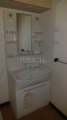 荒井第三ビル 201号室の洗面所
