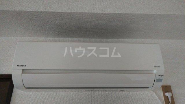 荒井第三ビル 201号室の玄関