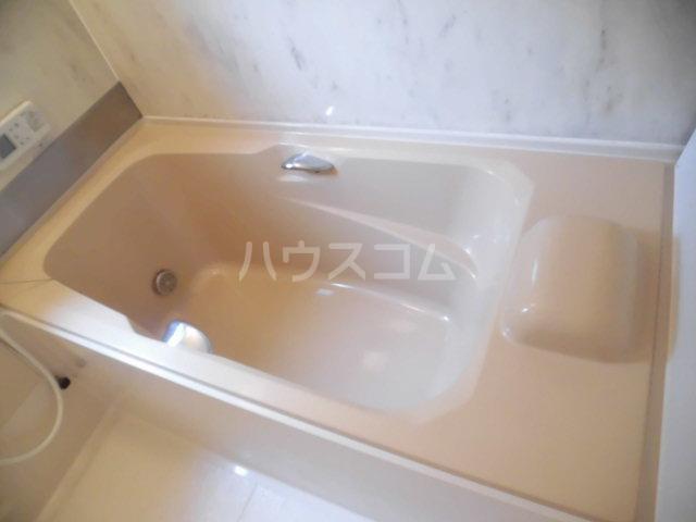 コスモセブン6号棟 102号室の風呂