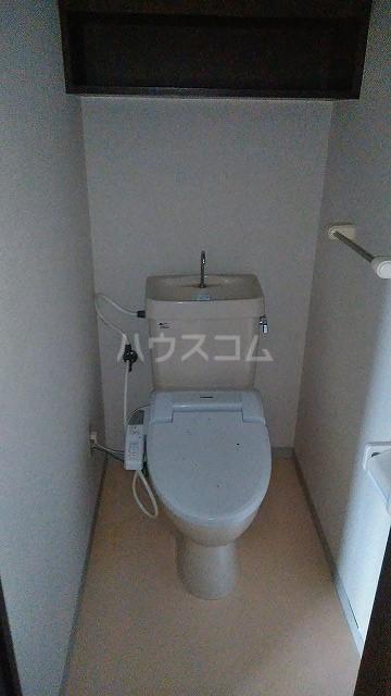 センチュリー上尾 405号室のトイレ
