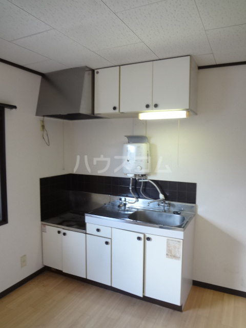 第3ちほコーポ 102号室のキッチン