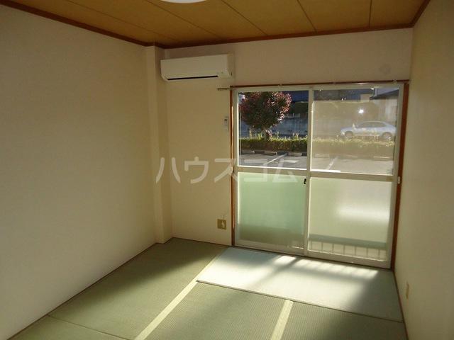 エコーハイツ 103号室の居室