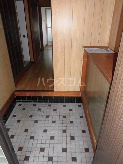 柏座戸建の玄関