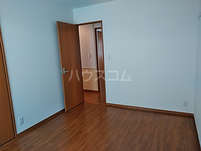 マイシティウエスト 205号室の居室