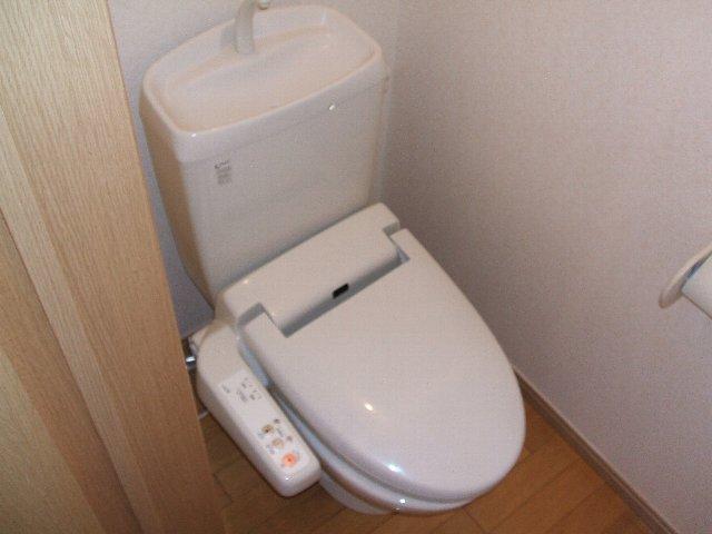 ハイツ原新町 103号室のトイレ