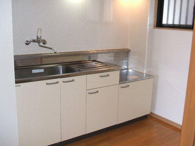ハイツ原新町 103号室のキッチン