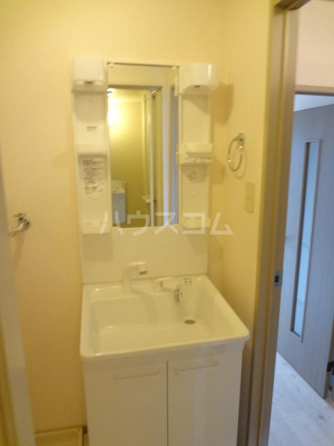 プリシェール蔵 101号室の洗面所