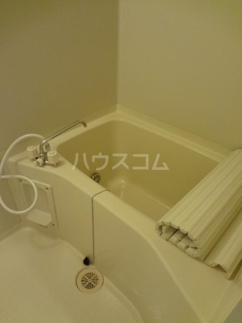 プリシェール蔵 101号室の風呂