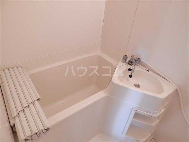 エクセル鈴木 201号室の風呂