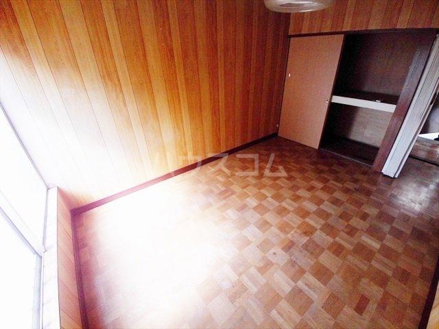 ミキハイツ 2A号室のリビング