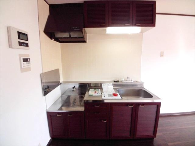 グランハイム林 101号室のキッチン