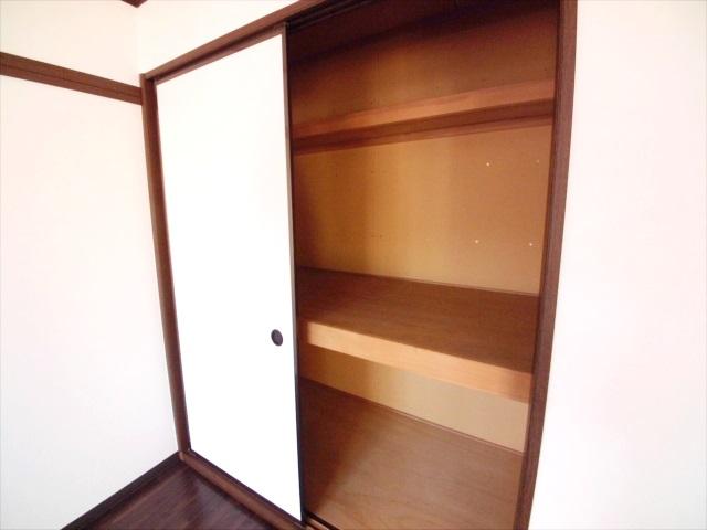 グランハイム林 101号室の収納