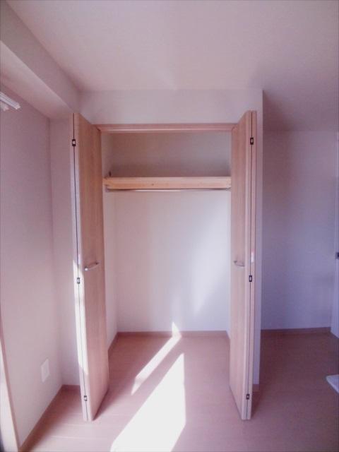 プロヴァンス北上尾 406号室の収納