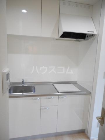 ゼニス 102号室のキッチン