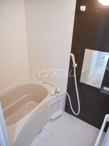 ゼニス 102号室の風呂