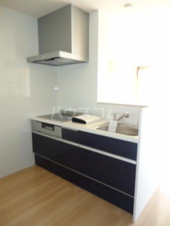 Sereno・HALU B-201号室のキッチン